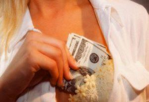 Увеличение груди - стоимость и последствия операции